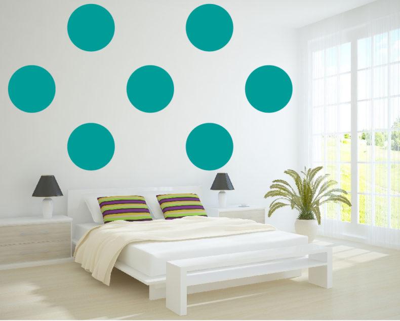 Modern polka dots decor